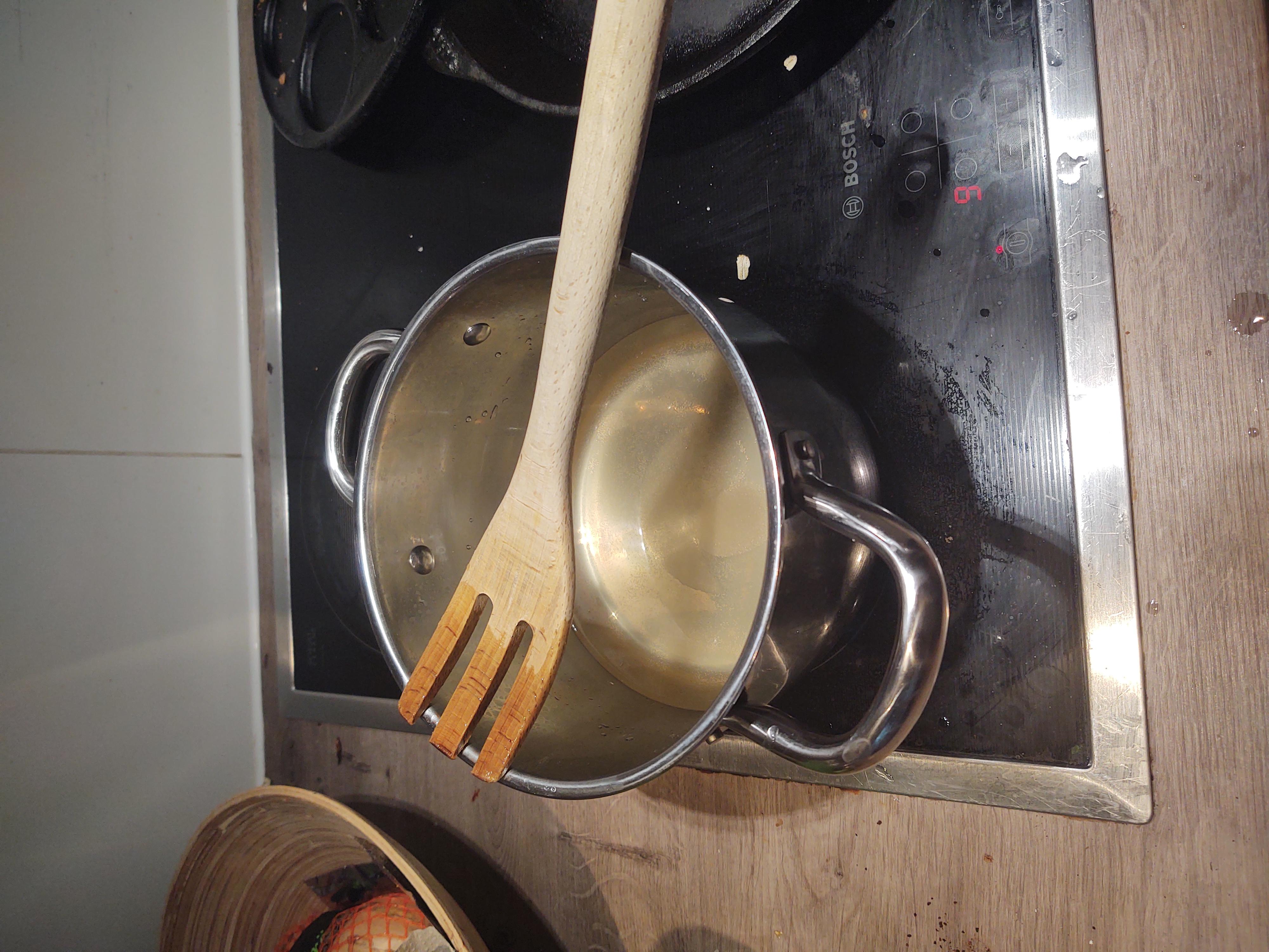 a soon boiling pot